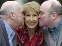 Il trouve l'amour grâce au Loto, après être resté vierge jusqu'à 48 ans