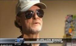 Sa santé vient à bout de lui, 2 mois après avoir remporté le jackpot