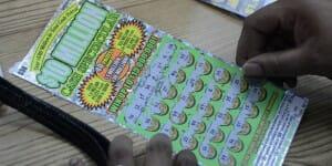 Tickets à gratter : les joueurs visent aussi les gros gains