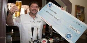 Tournées générales ! Un patron de pub anglais gagne 1 million le vendredi 13