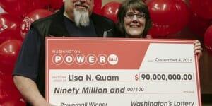 Elle joue pour la première fois au Powerball et gagne 90 millions !