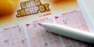 Ist der Nikolaus ein Deutscher?  Hesse räumt Rekordgewinn im Lotto ab!