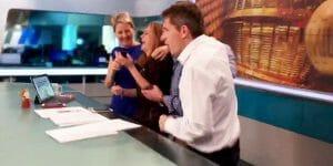 Une présentatrice météo apprend en direct qu'elle a gagné au loto!