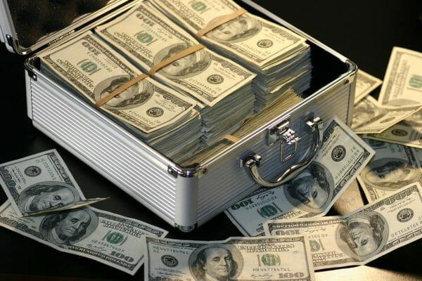 beaucoup d'argent...