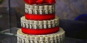 À peine plus que 100.000 EUR: avec ce jackpot du loto, 1/4 des Britanniques seraient prêt à lourder leur partenaire!